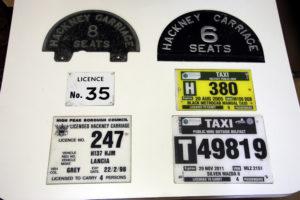 alte britische Taxi Schilder