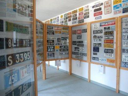 Nummernschilder aus aller Welt