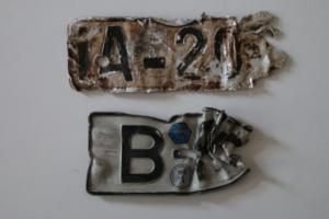 Alte deutsche Nummernschilder aus Berlin vor und nach dem zweiten Weltkrieg