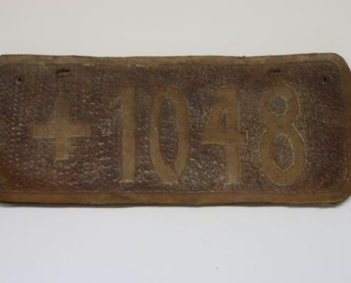 Nummernschild aus Leder